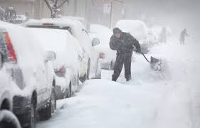 The Biggest Blizzard Midwest Smacked By Historic Snowfall Basically Shrugs It Off