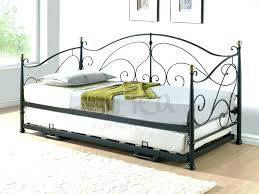 Single Metal Day Bed Frame Small Metal Daybed S Small Single Daybed Frame Findables Me