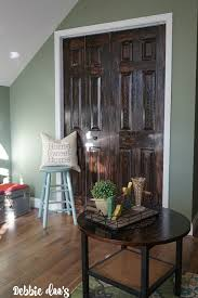 how to paint a plain white door to look like wood debbiedoos