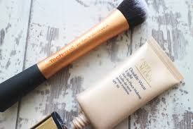 estee lauder double wear light foundation my top 3 foundations for pale skin tones the look list
