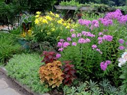 Backyard Flower Bed Ideas Flower Garden Ideas For Small Yards Interior Design