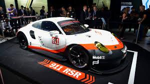 cars porsche 2017 2017 porsche 911 rsr le mans racer goes mid engine