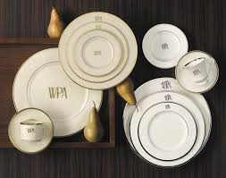 monogrammed plate pickard monogrammed and custom pickard china and dinnerware