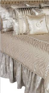 Luxury Bedding by 230 Best Luxury Bed Cuvers Images On Pinterest Luxury Bedding