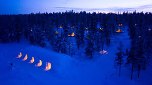 finland northern lights hotel accommodation kakslauttanen