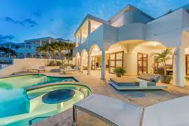 how to become a high end real estate agent airbnb to purchase luxury retreats enter the high end rental market
