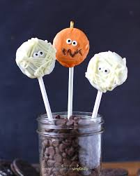 easy oreo pumpkin pops easy halloween treat idea