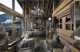 linge de lit style chalet montagne intérieur de chalet à courchevel boiseries vieux bois chalet