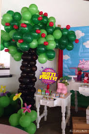 Peppa Pig Birthday Decorations The 25 Best Peppa Pig Balloons Ideas On Pinterest Peppa Pig