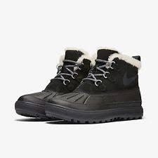 womens boots nike nike womens woodside chukka 2 boots 537345 001 fast