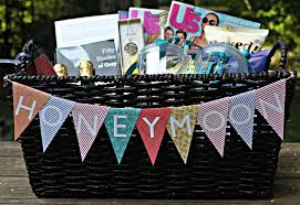 honey moon gifts honeymoon gift basket unique gifter