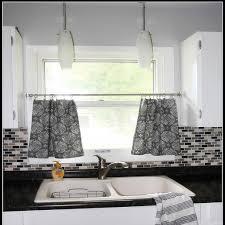 Ideas For Kitchen Windows Kitchen Window Curtains Love Burlap Great Idea For Curtains