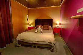 hotel chambre avec miroir au plafond miroir plafond chambre baroque 1 chambre hotel avec miroir plafond
