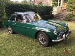 bentley racing green mgb gt 1971 british racing green one family owner overdrive wire