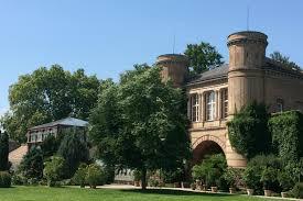 Neues Schloss Baden Baden Garten