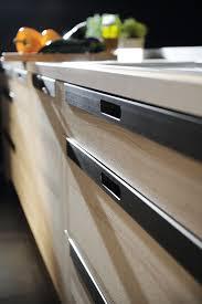 poignee porte cuisine quelles poignées choisir pour votre cuisine équipée le d