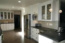 repeindre cuisine en bois repeindre un meuble en chene cool cuisine repeindre meuble cuisine