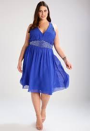 10 robes grande taille parfaites pour un mariage - Robe Grande Taille Pour Mariage