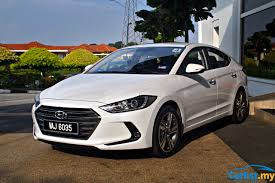 kereta hyundai review 2017 hyundai elantra a worthy alternative reviews