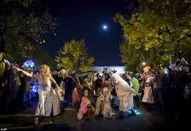 When Is The Parade Of Lights Thousands Celebrate Day Of The Dead In Mexico City Parade Daily