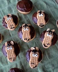 best 25 horse cupcake ideas on pinterest horse cake horse