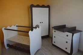 chambre bébé et taupe decoration chambre bebe jaune