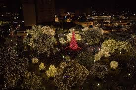 largo central park christmas lights downtown san antonio is aglow with holiday lights rivard report