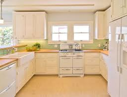 Backsplash Maple Cabinets Backsplash With White Cabinets And Light Granite Nrtradiant Com