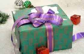 christmas gifts for employees employee christmas gifts chron