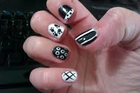 black and white color nail art designs for short nails nail art