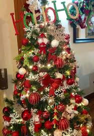White Christmas Tree Red Decorations by Red Green Christmas Tree Home Decorating Interior Design Bath