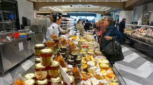 pusateri s opens food at saks fifth avenue toronto