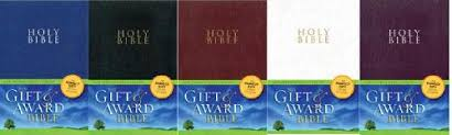 gift bibles niv gift award bible leather look booksofthebible