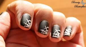 halloween spider web nails