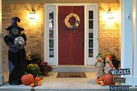 halloween front yard decorations fall porch decorations not your mama u0027s style