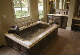 good looking traditional bathtub design with the luxurious