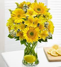 Bouquet Of Flowers In Vase Make Lemonade In A Vase 1 800 Flowers Com 91356