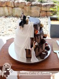traditional elegance with a dark side gympie wedding cake