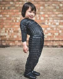 petit pli founder creates clothes that grow with the child daily