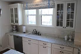 4 murs papier peint cuisine cuisine papier peint cuisine 4 murs avec noir couleur papier