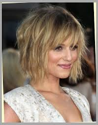 what is deconstructed bob haircuta dianna agron messy bob hairstyle popular haircuts with jagged bob