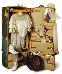 Vintage travel trunk suitcases boxes and bags pinterest