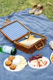 the perfect picnic at the dallas arboretum a touch of teal