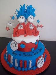 childrens birthday loven cake