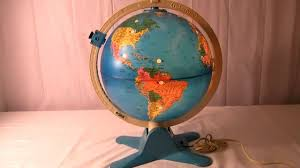 earth globes that light up vintage 80 s fisher price light up world globe w view finder youtube