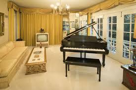 Graceland Floor Plan by Elvis Presley U0027s Graceland U0026 Favorite Foods Mrfood Com