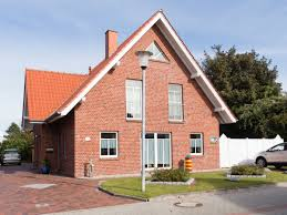 Das Haus Im Haus Ferienwohnung Silbermöwe Im Haus Merlin Greetsiel Frau Brigitte