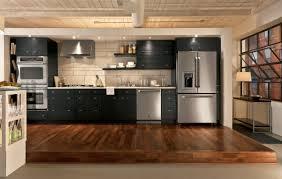 hotte de cuisine murale avec éclairage intégré design original