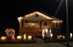 house christmas lights where to see the best christmas lights around boston the artery
