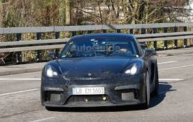 cayman porsche gt4 spy photographers catch porsche 718 cayman gt4 testing autoguide